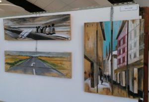 Exposition des palettes peintes de Gilles Lavie